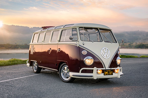 AUT 22 RK3907 01 © Kimball Stock 1963 Volkswagen Bus Deluxe White And Maroon 3/4 Front View On Road By Mountains