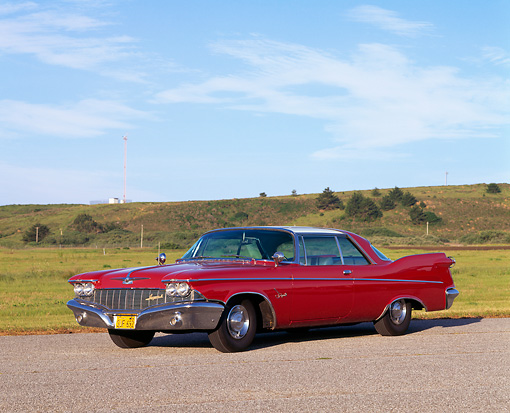 AUT 22 RK0195 04 © Kimball Stock 1960 Chrysler Imperial 3/4 Front View On Pavement By Field