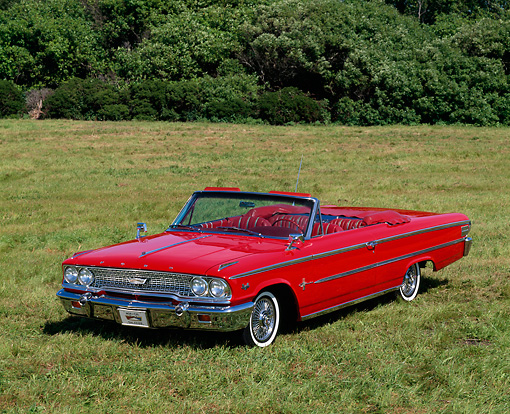 AUT 22 RK0205 08 © Kimball Stock 1963 Ford Galaxie 500XL Convertible 3/4 Front View On Grass
