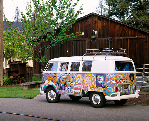 AUT 22 RK1092 04 © Kimball Stock 1965 Volkswagen Kombi Hippie Bus 3/4 Rear View On Pavement By Barn