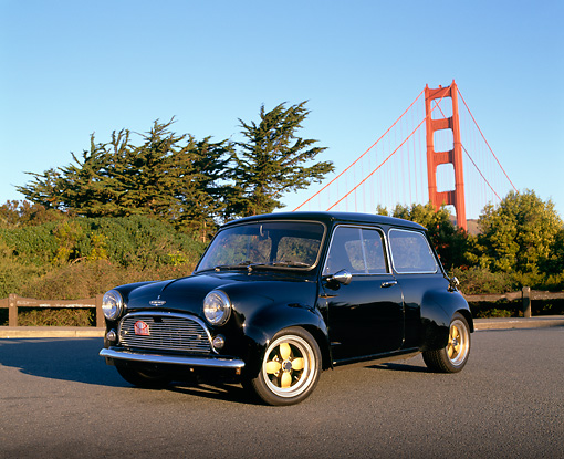 AUT 22 RK1330 09 © Kimball Stock 1962 Austin Mini Cooper Black 3/4 Front View By SF Bridge And Trees