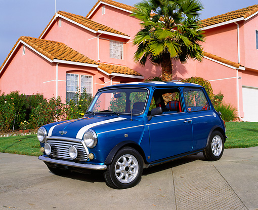 AUT 22 RK1624 03 © Kimball Stock 1969 Austin Mini Cooper Blue And White Low 3/4 Front View On Pavement