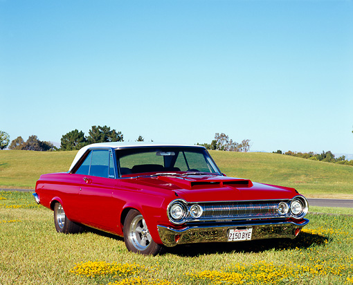 AUT 22 RK2183 01 © Kimball Stock 1964 Dodge Polara 500 Red And White 3/4 Front View On Grass
