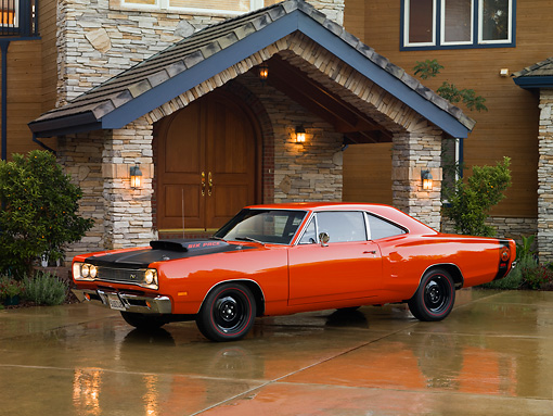 AUT 22 RK2565 01 © Kimball Stock 1969 Dodge Super Bee Orange 3/4 Front View On Driveway