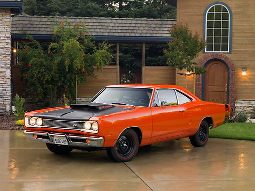 AUT 22 RK2566 01 © Kimball Stock 1969 Dodge Super Bee Orange 3/4 Front View On Driveway