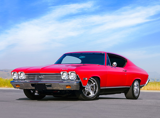 AUT 22 RK2653 01 © Kimball Stock 1968 Chevrolet Chevelle SS 396 Red And Black 3/4 Front View Blue Sky