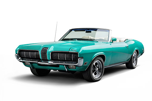 AUT 23 BK0131 01 © Kimball Stock 1970 Mercury Cougar Green 3/4 Front In Studio