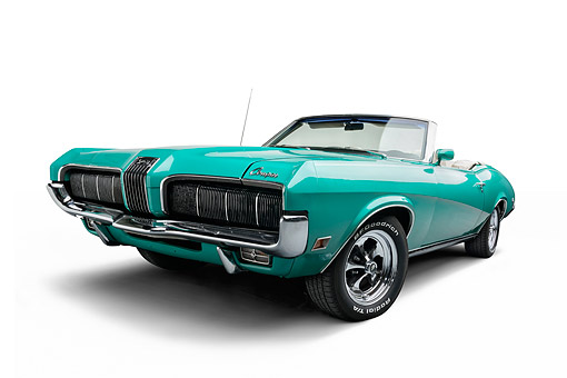 AUT 23 BK0134 01 © Kimball Stock 1970 Mercury Cougar Green 3/4 Front In Studio