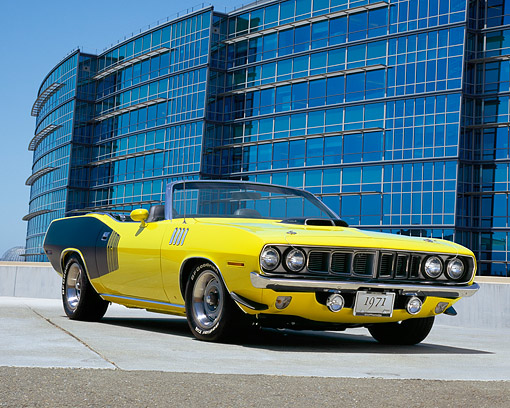 AUT 23 RK0927 01 © Kimball Stock 1971 Plymouth Hemi Cuda Convertible Yellow And Black 3/4 Front View On Pavement Blue Sky