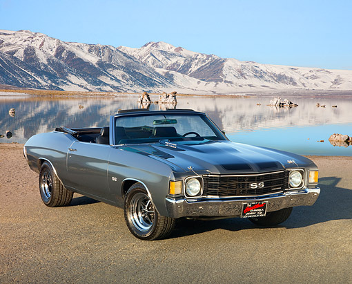 AUT 23 RK1567 01 © Kimball Stock 1972 Chevrolet Chevelle 396 Convertible Gray 3/4 Front View On Pavement