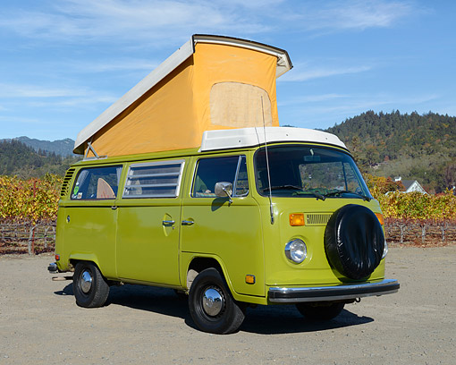 AUT 23 RK3534 01 © Kimball Stock 1977 Volkswagon Westfalia Campmobile Bus Green On Pavement