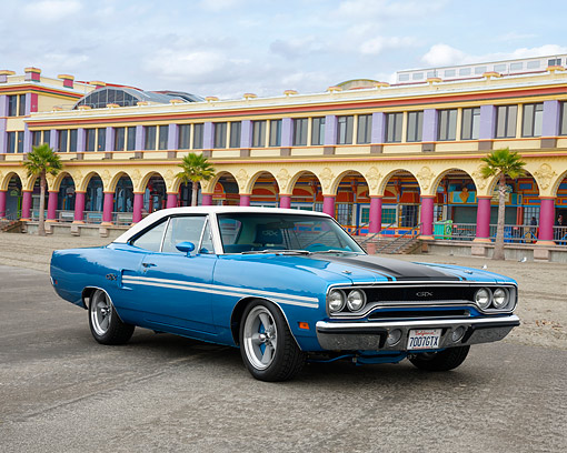 AUT 23 RK3739 01 © Kimball Stock 1970 Plymouth GTX B5 Blue 3/4 Front View By Building On Beach