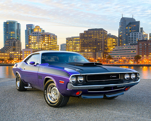 AUT 23 RK3747 01 © Kimball Stock 1970 Dodge Challenger T/A 340 Six Pack White And Plum 3/4 Front View On Bay By City