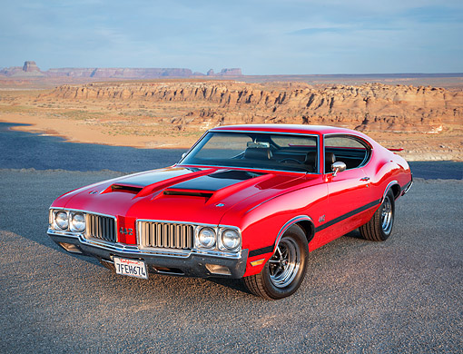 AUT 23 RK3785 01 © Kimball Stock 1970 Oldsmobile 442 Red 3/4 Front View By Canyon