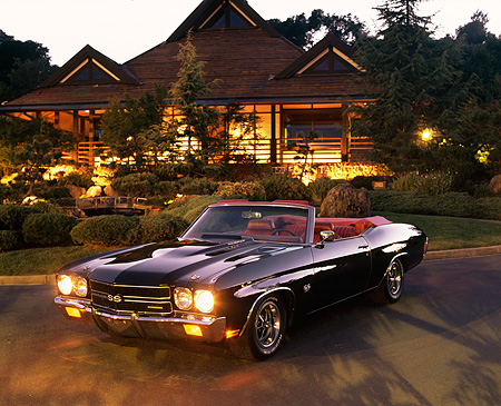 AUT 23 RK0029 02 © Kimball Stock 1970 Chevrolet Chevelle 454 Convertible Black 3/4 Front View On Pavement By Japanese House