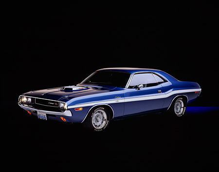 AUT 23 RK0107 04 © Kimball Stock 1970 Dodge Challenger R/T 440 6-Pac Blue White Stripe Front 3/4 View Studio