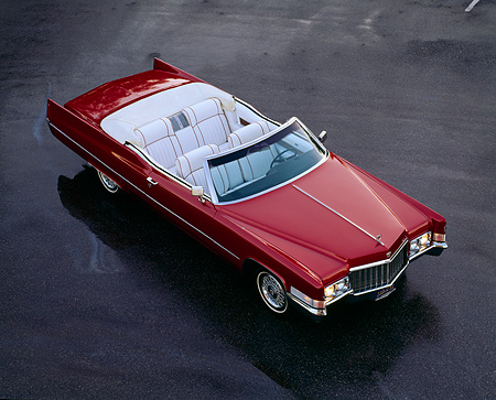 AUT 23 RK0204 13 © Kimball Stock 1970 Cadillac Coupe De Ville Convertible Overhead Front 3/4 View On Pavement