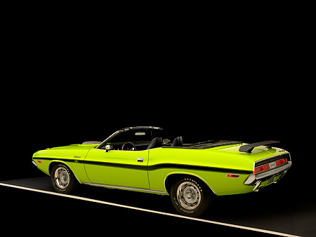 AUT 23 RK1039 01 © Kimball Stock 1970 Dodge Challenger Hemi Convertible Sublime 3/4 Rear View Studio