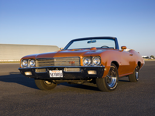AUT 23 RK1114 01 © Kimball Stock 1971 Buick GS 455 Stage 1 Convertible Bittersweet Mist Low 3/4 Front View On Pavement