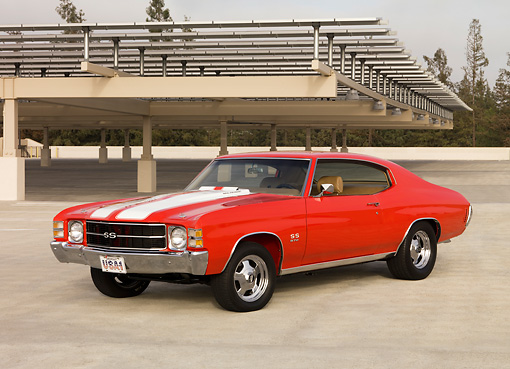 AUT 23 RK1265 01 © Kimball Stock 1971 Chevrolet Chevelle SS 572 Red White Stripes 3/4 Front View On Pavement