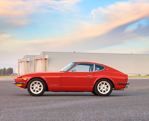 AUT 23 RK1647 01 © Kimball Stock 1971 Datsun 240Z Blue Profile View By Hangar