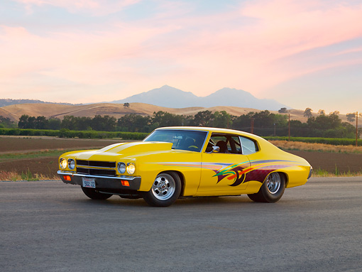 AUT 23 RK1685 01 © Kimball Stock 1970 Chevrolet Chevelle Yellow 3/4 Front View By Mountains