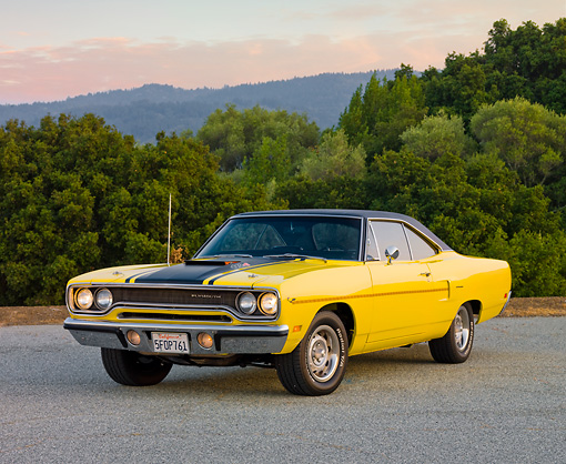 AUT 23 RK1689 01 © Kimball Stock 1970 Plymouth Road Runner Yellow 3/4 Front View On Pavement