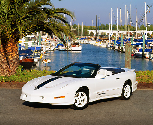 AUT 25 RK0882 06 © Kimball Stock 1995 Pontiac Firebird Trans Am Convertible White 3/4 Front View By Harbor