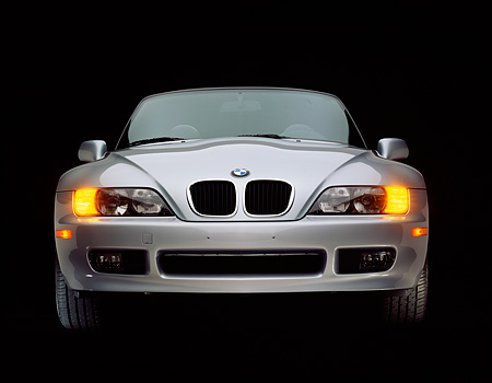AUT 25 RK0293 02 © Kimball Stock 1996 BMW Z3 Convertible Silver Head On Shot Studio