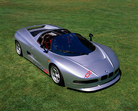 AUT 25 RK0379 03 © Kimball Stock 1993 BMW Nazca CZ Spider Silver Overhead 3/4 Front View On Grass