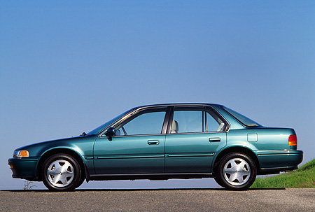 AUT 25 RK0479 10 © Kimball Stock 1993 Honda Accord Teal Profile View On Pavement Blue Sky