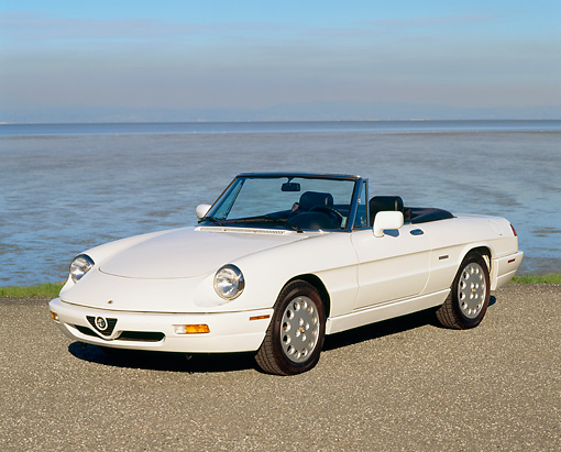 Alfa Romeo Spider Veloce Convertible White Front View On - 1994 alfa romeo spider