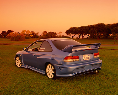 AUT 25 RK1345 04 © Kimball Stock 1999 Honda Civic Coupe Custom Blue