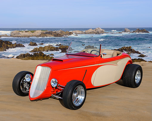 AUT 26 RK3452 01 © Kimball Stock 1933 Ford Roadster