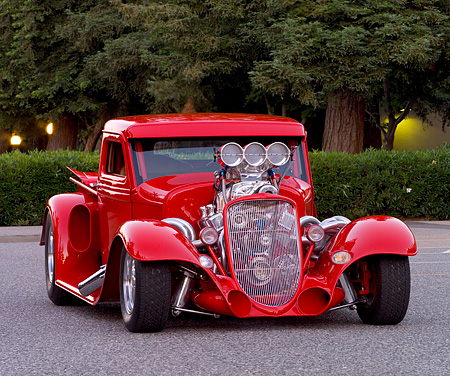AUT 26 CW0005 01 © Kimball Stock 1933 Ford Modified Truck Red