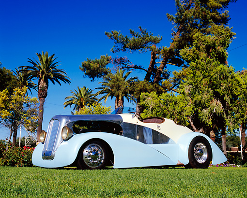 AUT 26 RK0493 02 © Kimball Stock 1941 Boatail Roadster