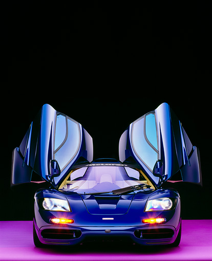 AUT 28 RK0099 17 © Kimball Stock 1993 McLaren F1 XP4 Blue Head On View Doors Open Studio
