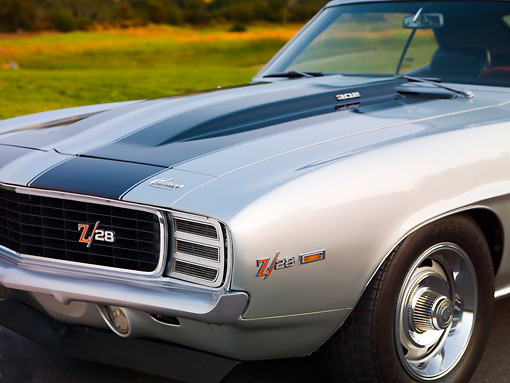 AUT 30 BK0005 01 © Kimball Stock 1969 Chevrolet Camaro Z-28 RS Silver And Black Stripe 3/4 Front Detail