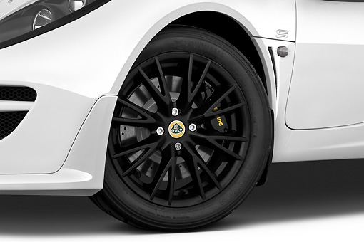 AUT 30 IZ1238 01 © Kimball Stock 2010 Lotus Exige S White Front Wheel Detail View On White Seamless