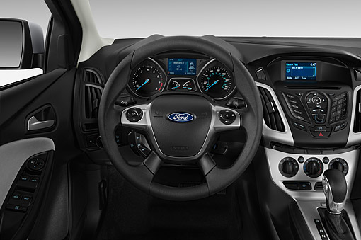 AUT 30 IZ1972 01 © Kimball Stock 2014 Ford Focus Sedan SE 4-Door Interior Detail