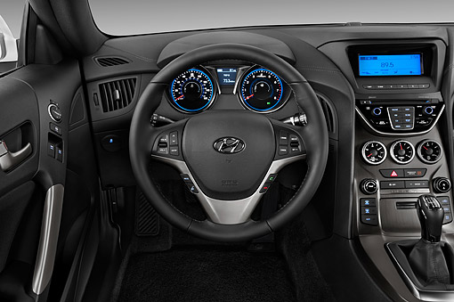 AUT 30 IZ2021 01 © Kimball Stock 2014 Hyundai Genesis Coupe 2.0t 8 Speed AT 2-Door Interior Detail