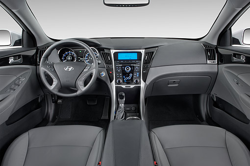 AUT 30 IZ2048 01 © Kimball Stock 2014 Hyundai Sonata Limited I4 AT 4-Door Sedan Interior Detail