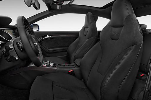 AUT 30 IZ2454 01 © Kimball Stock 2015 Audi S5 4.2 Quattro Tiptronic Premium Plus Coupe 2-Door Interior Detail