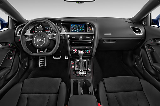 AUT 30 IZ2455 01 © Kimball Stock 2015 Audi S5 4.2 Quattro Tiptronic Premium Plus Coupe 2-Door Interior Detail