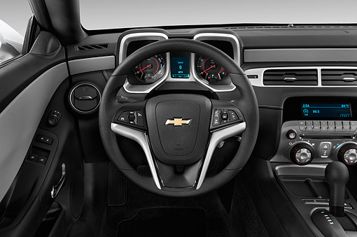 AUT 30 IZ2522 01 © Kimball Stock 2015 Chevrolet Camaro 3.6 1LS 2-Door Coupe Interior Detail