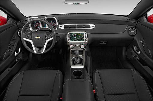 AUT 30 IZ2525 01 © Kimball Stock 2015 Chevrolet Camaro 6.2 Convertible 1SS 2-Door Interior Detail