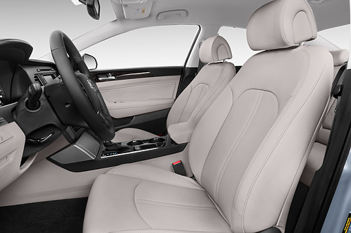 AUT 30 IZ2619 01 © Kimball Stock 2015 Hyundai Sonata Limited i4 AT 4-Door Sedan Interior Detail