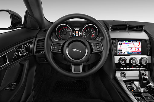 AUT 30 IZ2637 01 © Kimball Stock 2015 Jaguar F-Type Base 2-Door Convertible Interior Detail