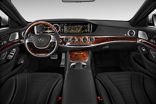 AUT 30 IZ2885 01 © Kimball Stock 2015 Mercedes Benz S-Class 550 4-Door Interior Detail