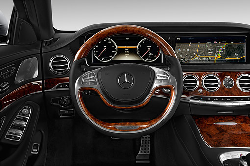 AUT 30 IZ2886 01 © Kimball Stock 2015 Mercedes Benz S-Class 550 4-Door Interior Detail